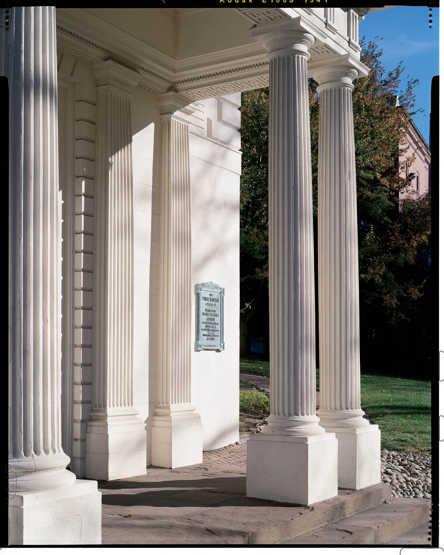 Exterior porch columns images frompo for Exterior decorative columns