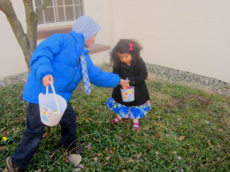 Will and Reshmi finding eggs